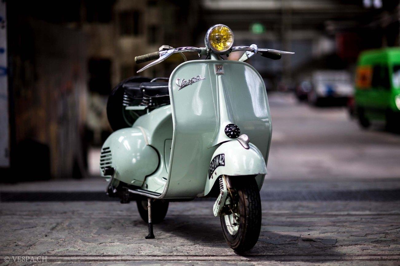 Vespa ACMA 1954, ähnlich wie Faro Basso, GS 150, Vespa GS 160, Vespa SS 180, Vespa O-Lack.jpg