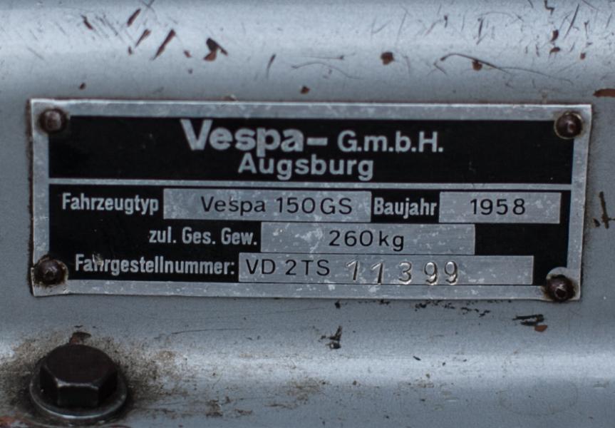 Vespa GS 150_5