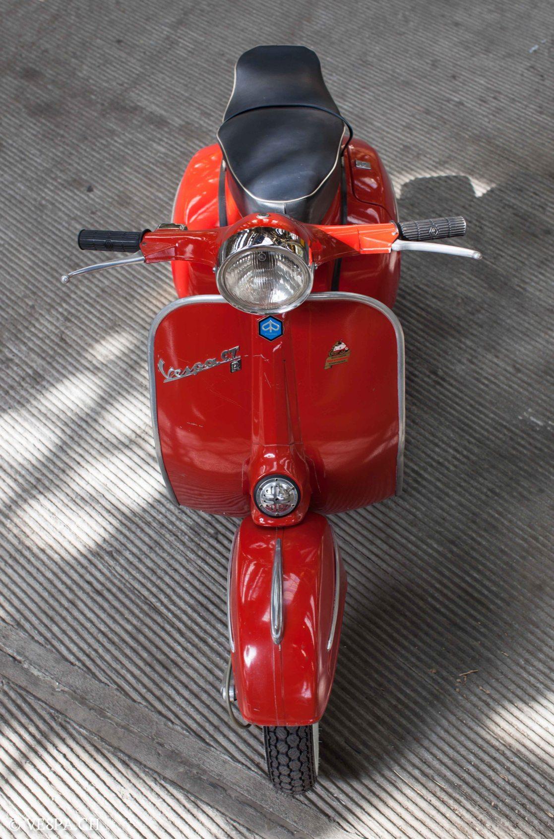 Vespa GTR (Gran Turismo) 125, Rosso Corallo, Jg. 1972, im O-Lack, original Zustand - VE8PA.CH-5-2