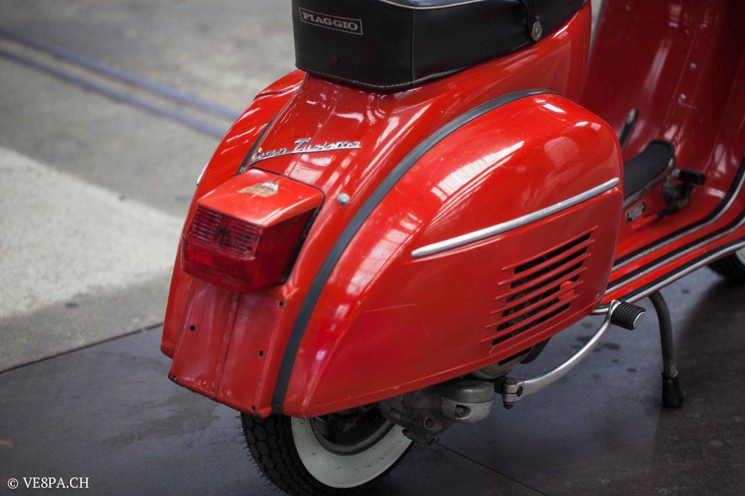 Vespa GTR (Gran Turismo) 125, Rosso Corallo, Jg. 1972, im O-Lack, original Zustand - VE8PA.CH-51