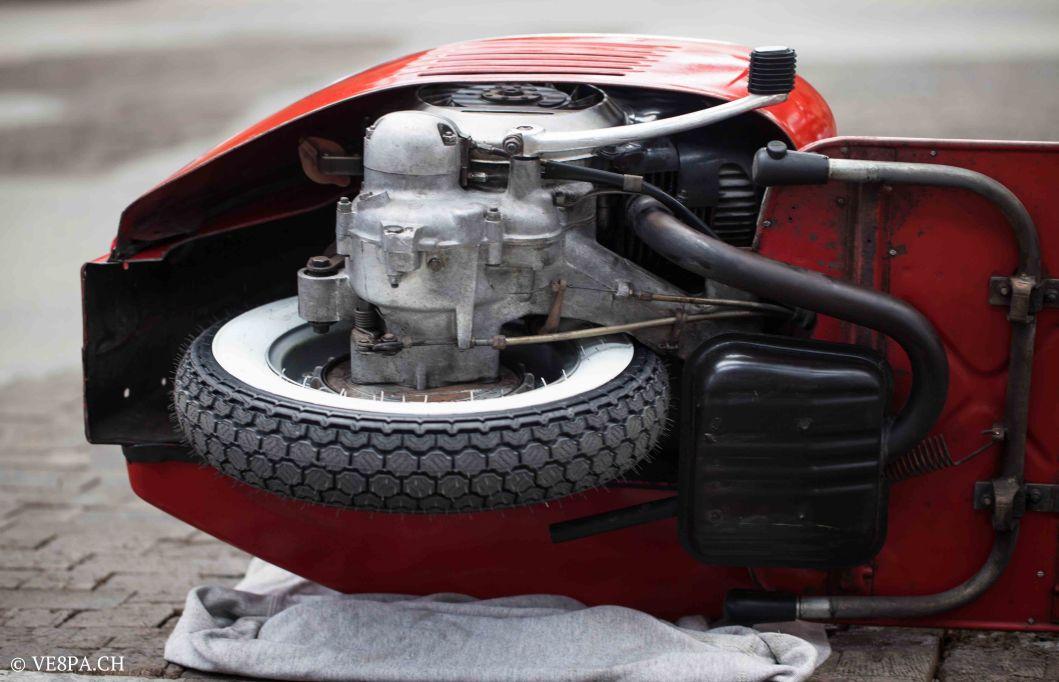 Vespa GTR (Gran Turismo) 125, Rosso Corallo, Jg. 1972, im O-Lack, original Zustand - VE8PA.CH-80